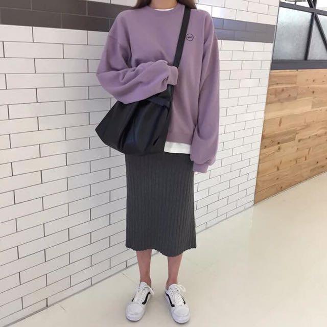 ✔️寬鬆圓領紫色衛衣➕開衩針織灰色半身裙