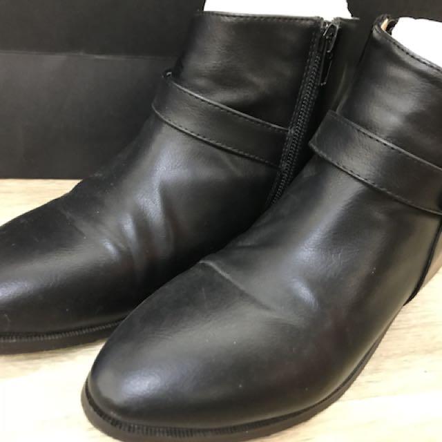 二手踝靴 尺寸23 (無鞋盒)
