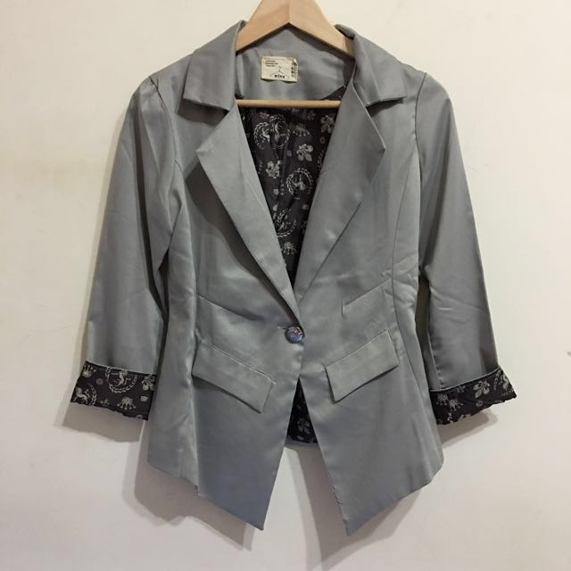 袖反折亮灰七分西裝外套 #我的女裝可超取