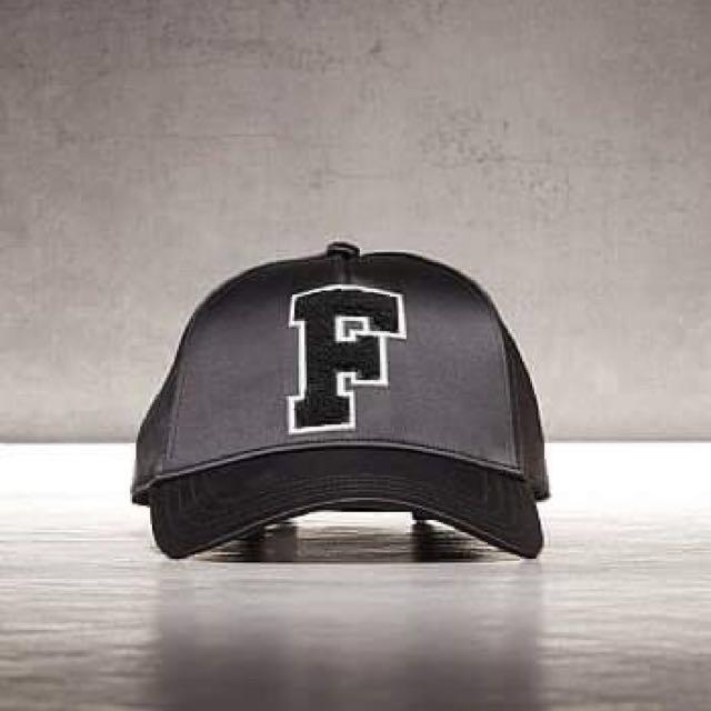 🎅聖誕禮物🎅 PUMA X FENTY by Rihanna 黑色 棒球帽