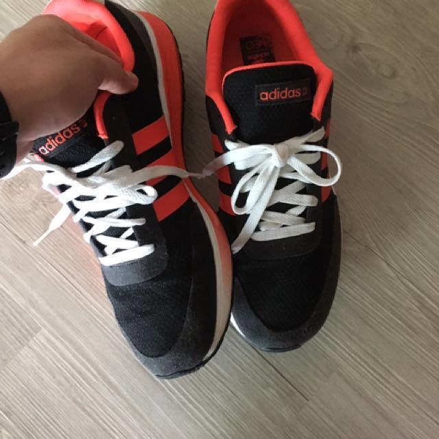info pour 48069 79394 Adidas Neo Label size US10, Men's Fashion, Footwear on Carousell