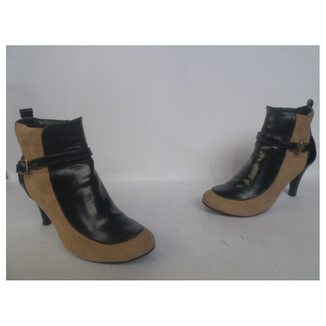 Ankle boots (Rabbit)