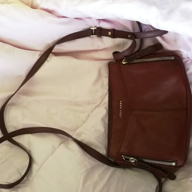 db24a477bce Authentic Cole Haan Shoulder Sling Bag on Carousell