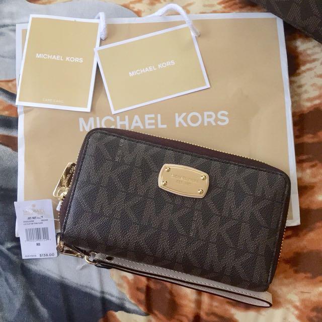Authentic MK fulton med wallet (dark brown)