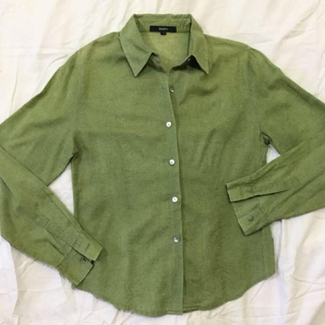 Bayo long sleeves blouse. Small