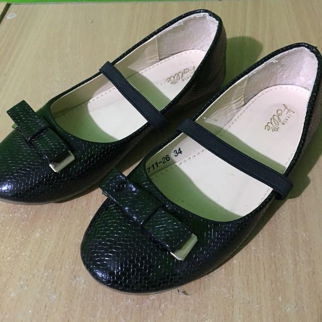 Black Flats for Girls