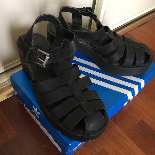 Black Lilian heeled sandals