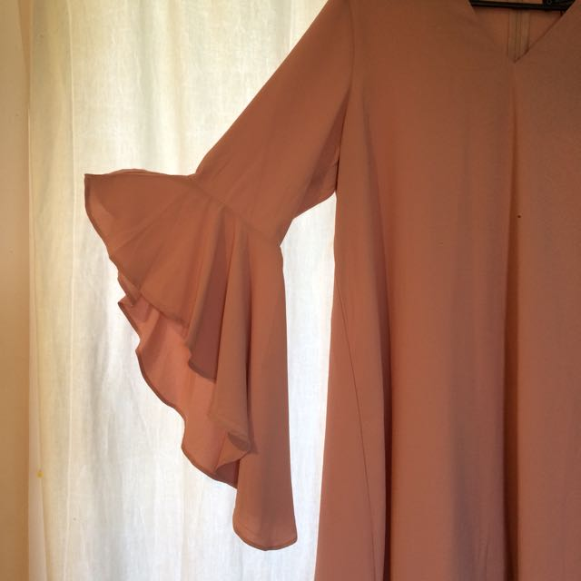Blush Pink S10 Bell Sleeve Dress