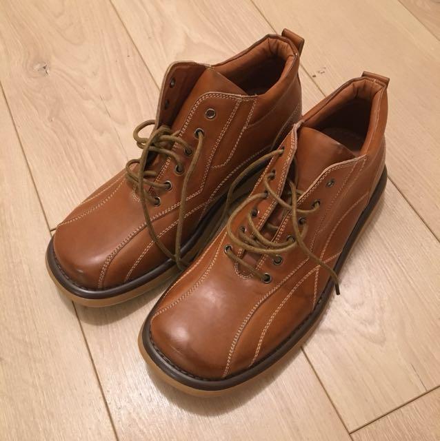 Bnwot size 8 mens shoes