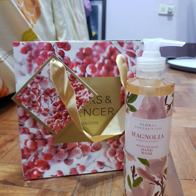 Brand New Authentic Marks & Spencer Magnolia Hand Wash
