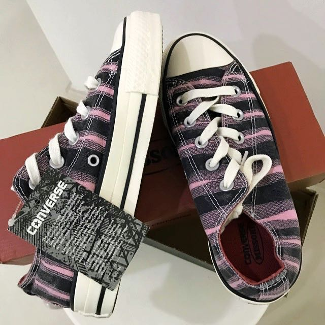 8f4f3fd9cb50 Brand New Converse Shoes  Ladies Women Chic Color