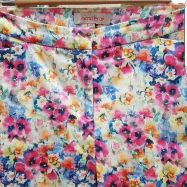 DIANA FERRARI pants size 12 Floral