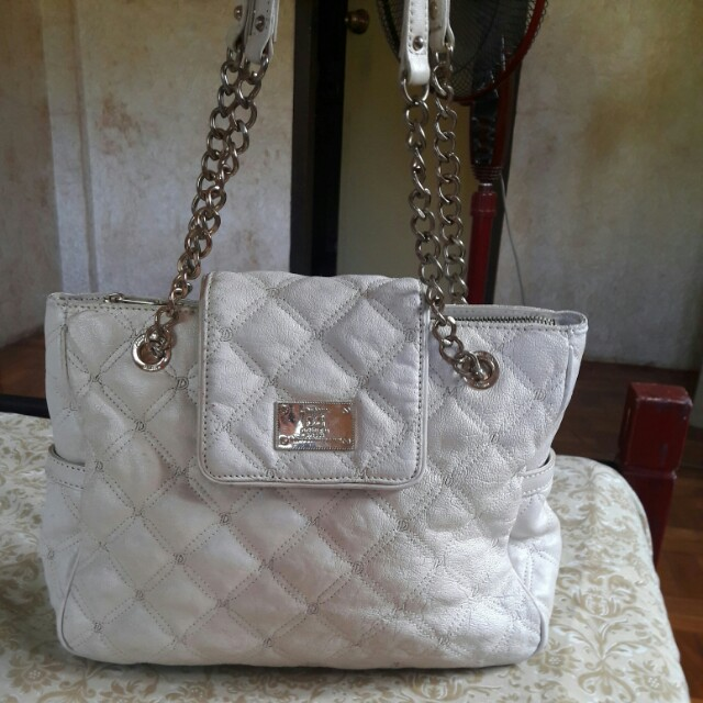 DOUBLE M MILANO Genuine Leather Quilted Glossy Cream Shoulder Bag