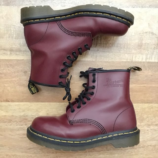 Dr Martens 1460 Cherry Red 8-Eye boots