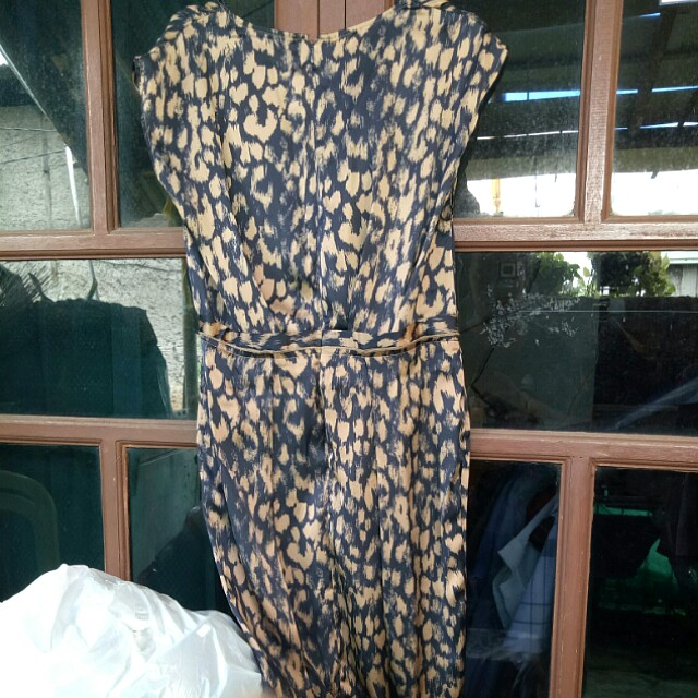 Dress accent size 8