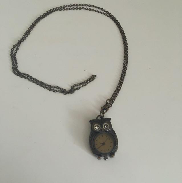 Faux vintage owl clock necklace