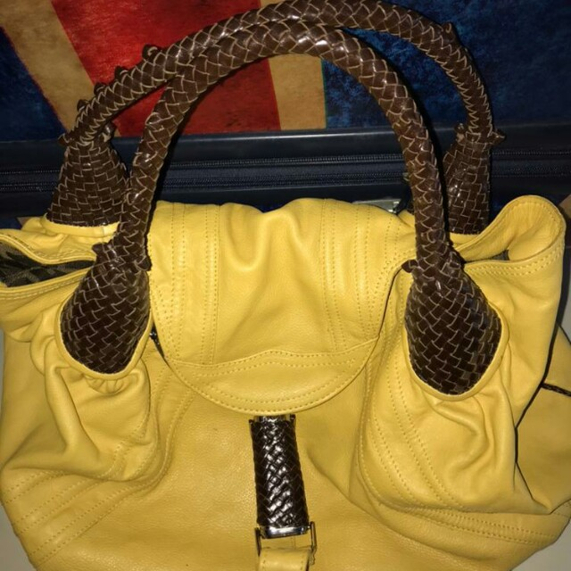 2ddab70fbe42 Fendi Spy Bag Leather