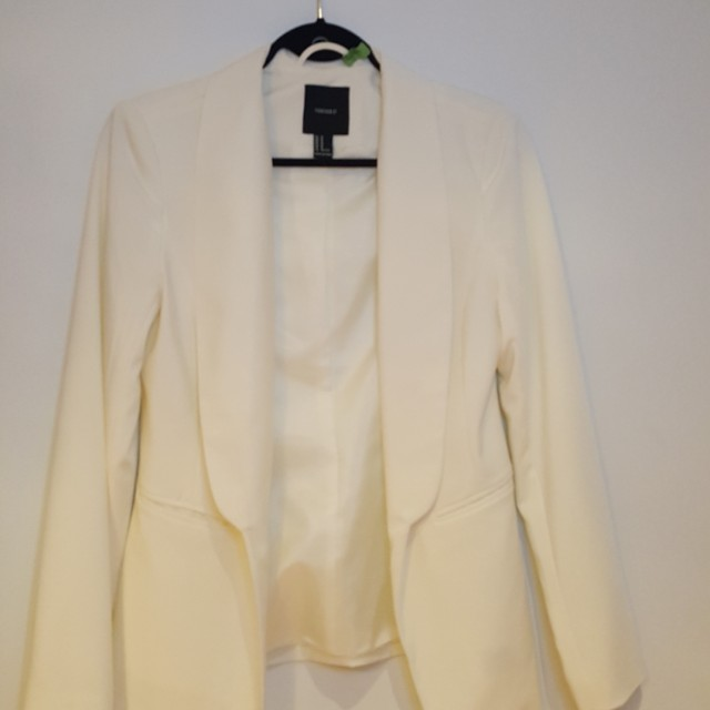 Forever 21 Women's White Blazer - Medium