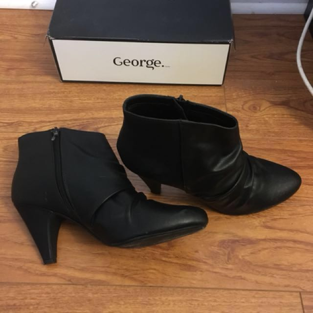 FREE Size 11 Black Bootie
