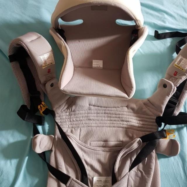 Gendongan bayi aprica/ aprica baby carrier