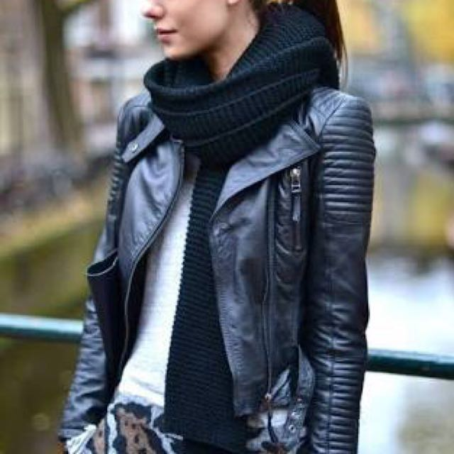 Genuine leather ribbed biker jacket