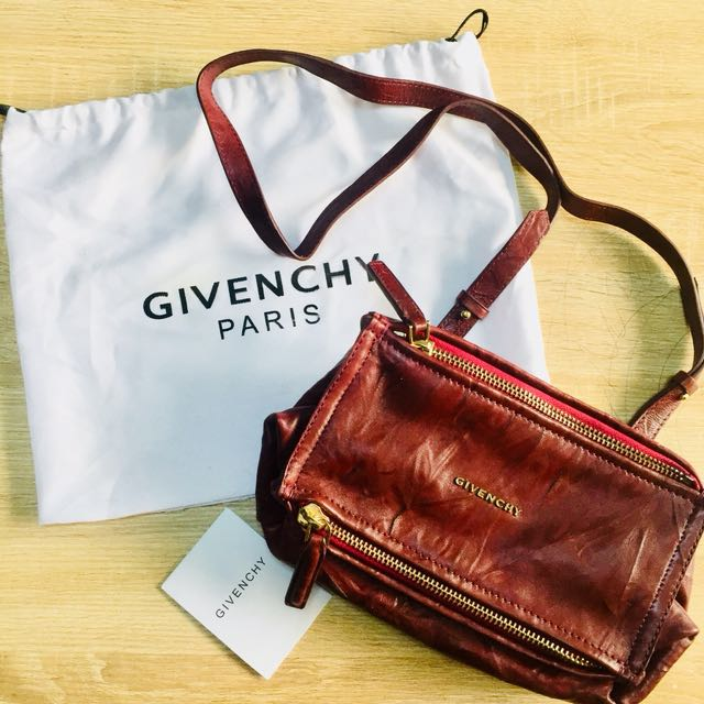 GIVENCHY SLING BAG, Women s Fashion, Bags   Wallets on Carousell 5bd647705c