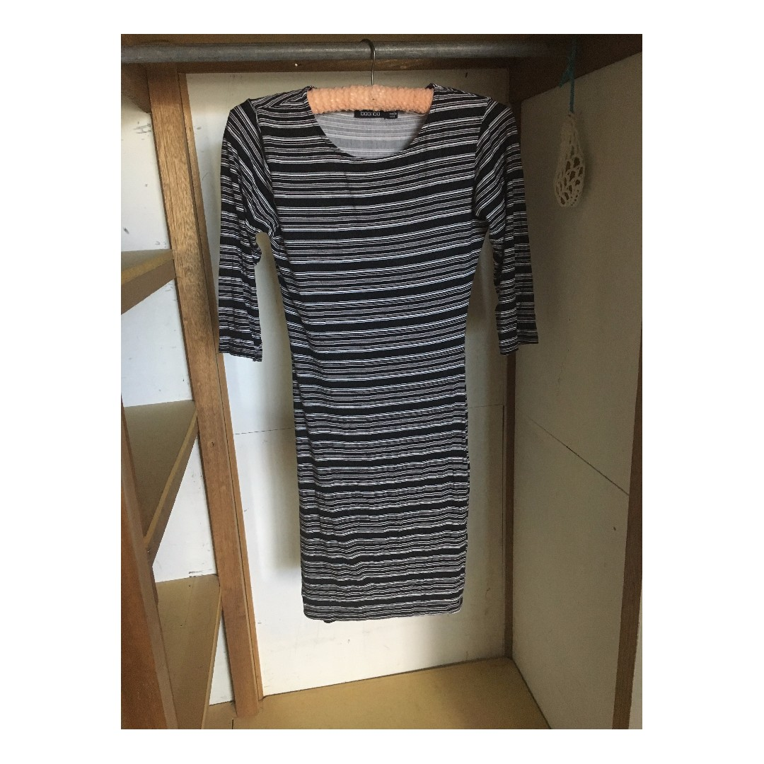 long stretchy stripy long sleeved dress size small