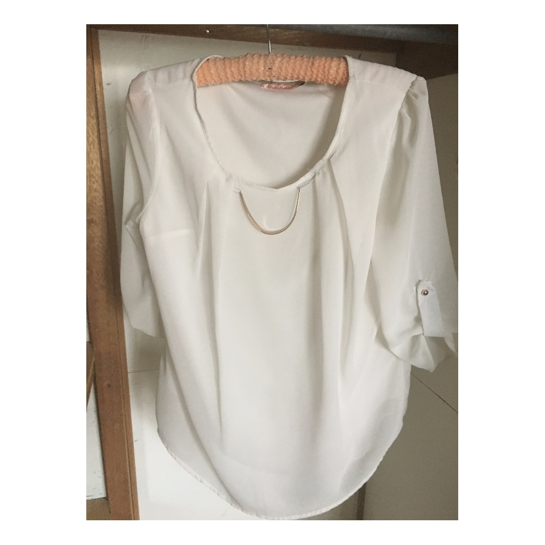 Mink size 10 flowy white top with undershirt and gold detail