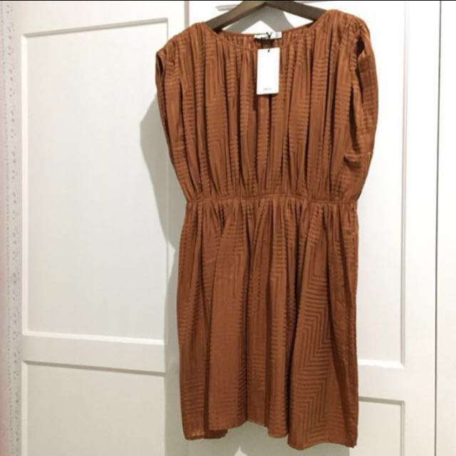 NEW Mango Pleats Dress