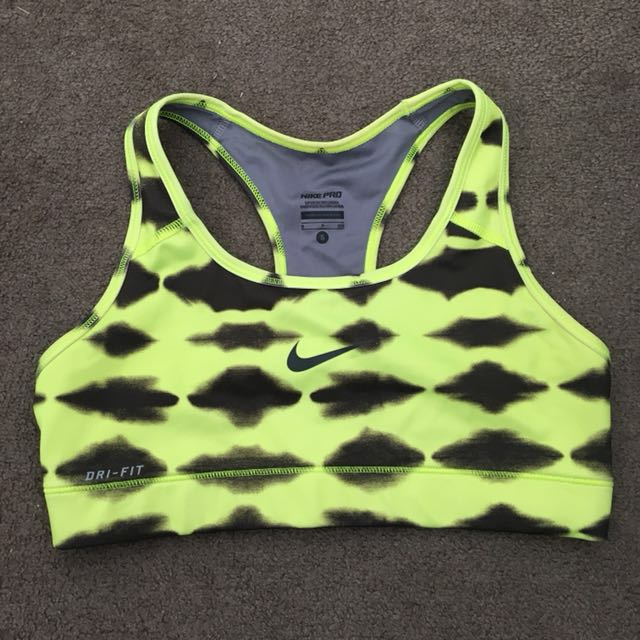 Nike Crop Top Size S