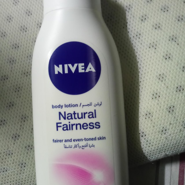 Nivea body lotion (VIt. E & Berry Extracts)