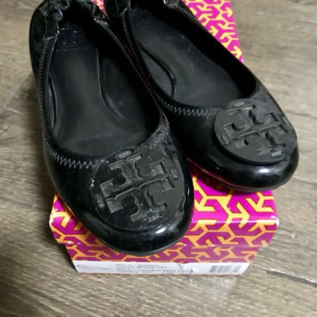 Pre-loved authentic Tory Burch patent reva ballet shoes bought from US
