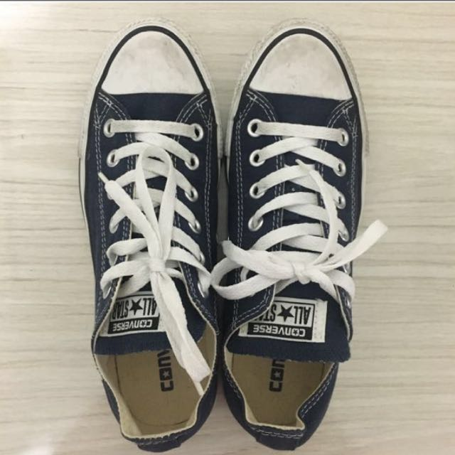 *REDUCED* Navy Converses