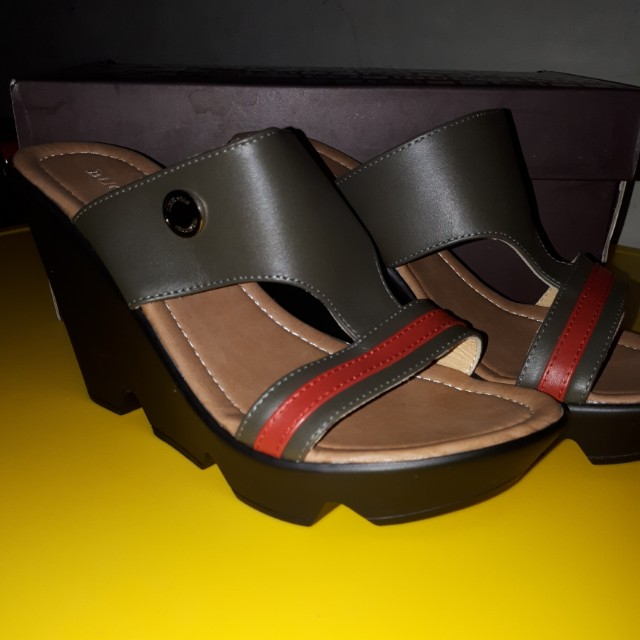 Sandal buccherri new original no 37