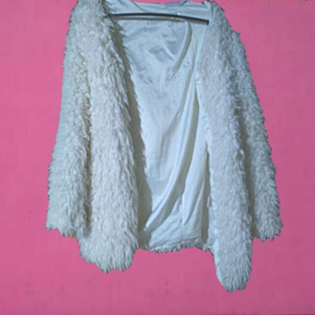 SHAREEN White shaggy boho festival jacket small