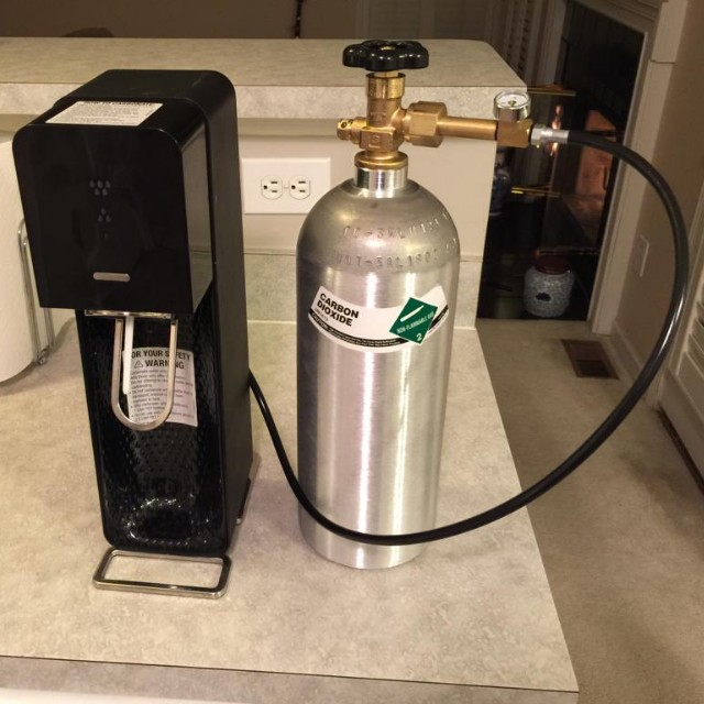 Canister CO2 refilling services, Food & Drinks, Beverages on