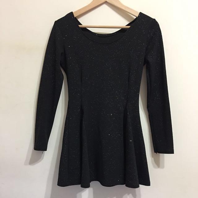 大U領閃亮黑長袖傘狀連身洋裝 #我的女裝可超取