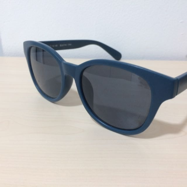 Uniqlo sun glasses bae4f7e1fc