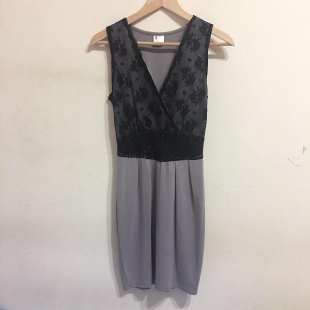 蕾絲深V雙色拼接洋裝 #我的女裝可超取