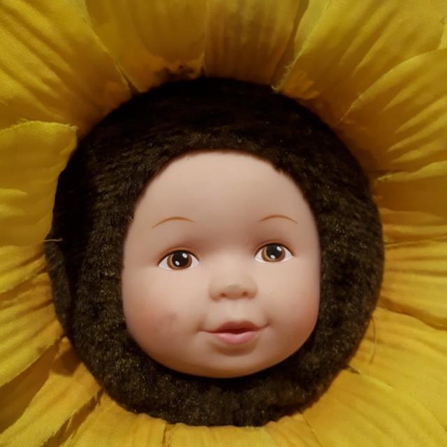 Vintage Anne Geddes sunflower doll