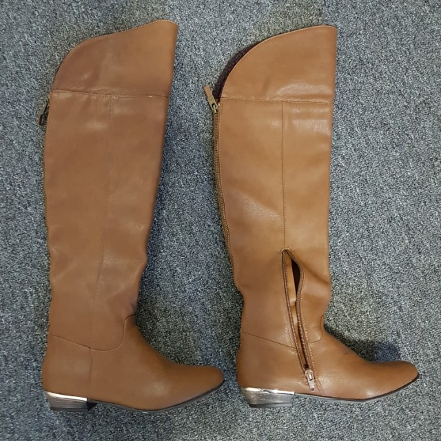 NEVER WORN Brown Women's Boots