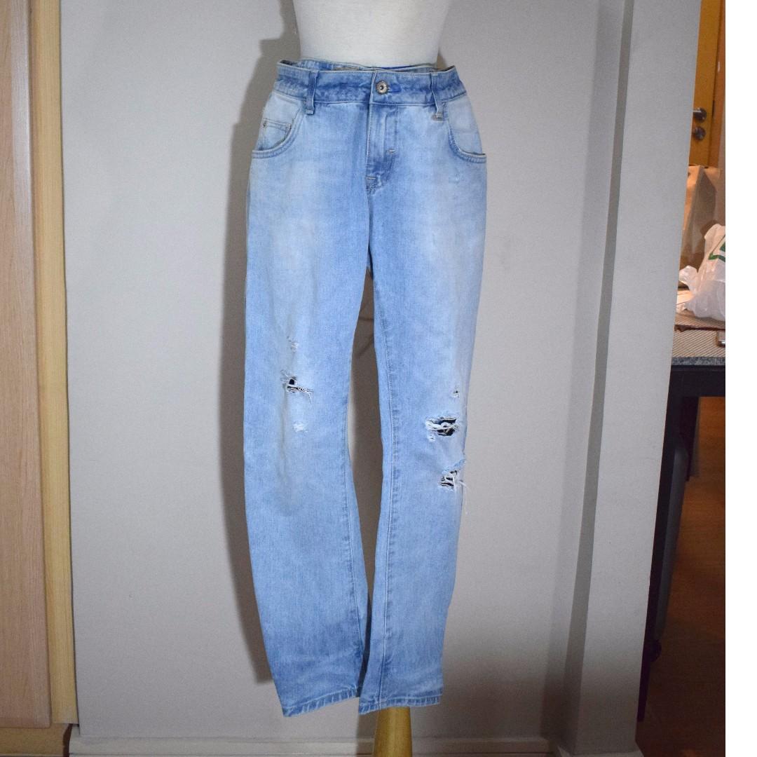 ZARA Ripped Blue Jeans