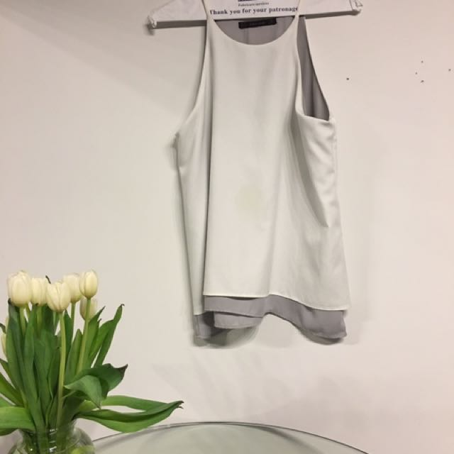 Zara white & lavender sleeveless blouse size small