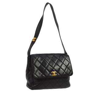 Vntage Chanel Black Leather Shoulder Bag