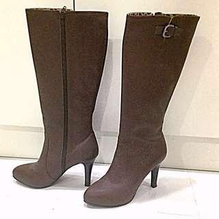 Annalee台製真皮咖啡色高筒靴.原價快8000.幾乎全新!38號.9公分.網路一樣的要賣1999!買到賺到!