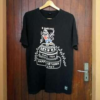 UT Keith Haring Logo tee sz Large