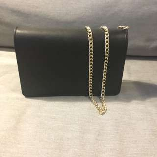 Urban Outfitters (Silent+Noise) Black Gold Chain Crossbody