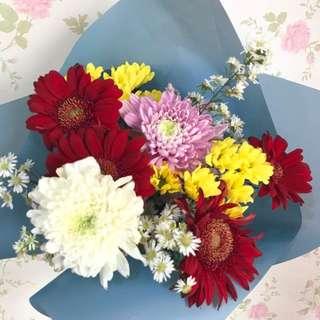 Navy Bouquet