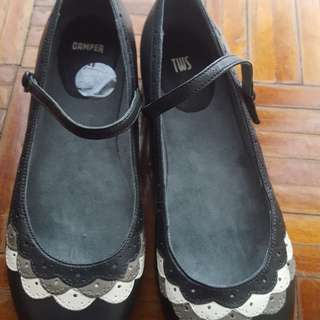 Camper cute flat shoes size 8 immaculate condition