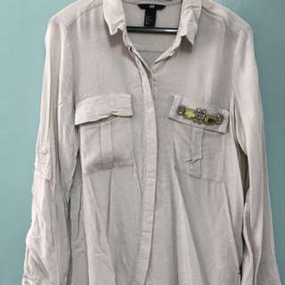 SALE‼️ H&M embellished shirt